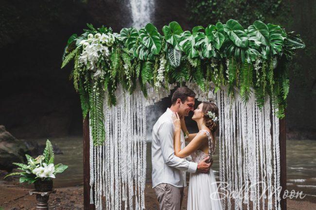 Свадьба на водопада Бали 2017